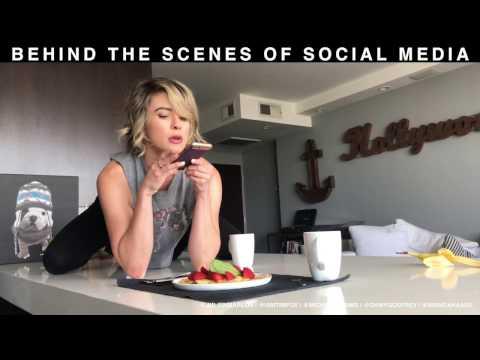 Behind the scenes of SOCIAL MEDIA
