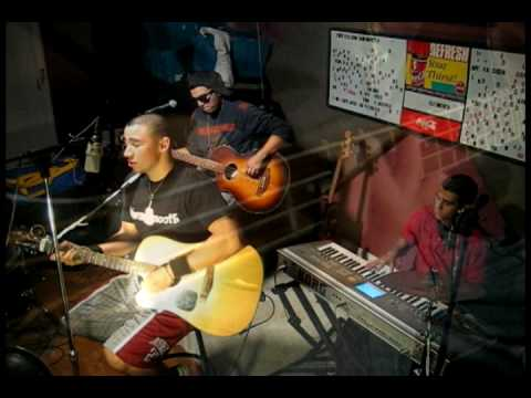 Chris Brown Crawl (Official HQ) acoustic cover AaronJams KindaSmooth Kinda Smooth [chords]