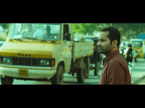 Gods Own Country Movie Scenes HD | Mythili meets with an accident | Fahad Fazil