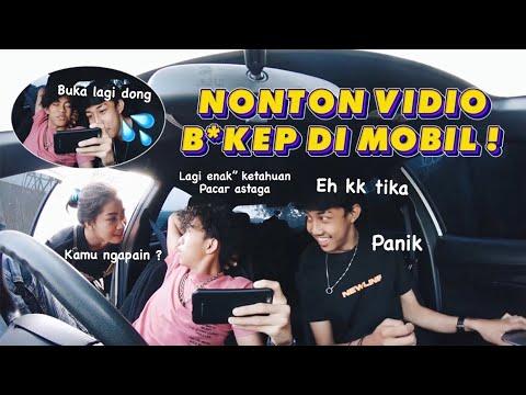 Download PRANK PACAR ! NONTON VIDIO W1k W1K DI MOBIL ( EH DIA MALAH IKUTAN NONTON )