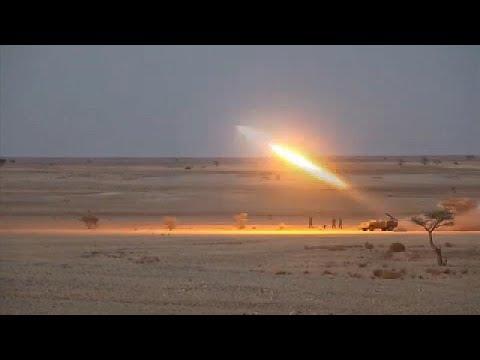 شاهد: -البوليساريو- تسير دوريات قرب منطقة المحبس بعد قصفها مواقع مغربية  - 19:54-2021 / 10 / 18