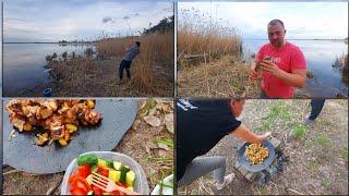 отдых на озере огромные караси и картошка с шашлыками на костре