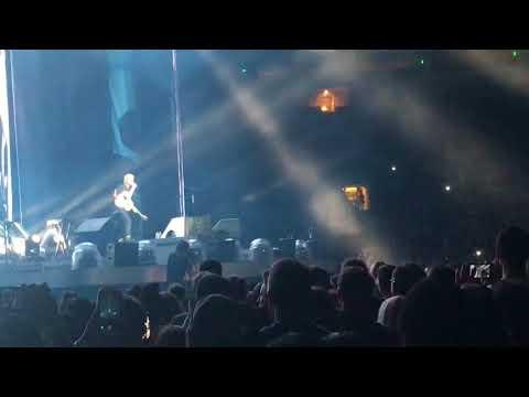 """Ed Sheeran - """"Don't""""/""""New Man"""" At The Rose Bowl Los Angeles 8/18/18"""