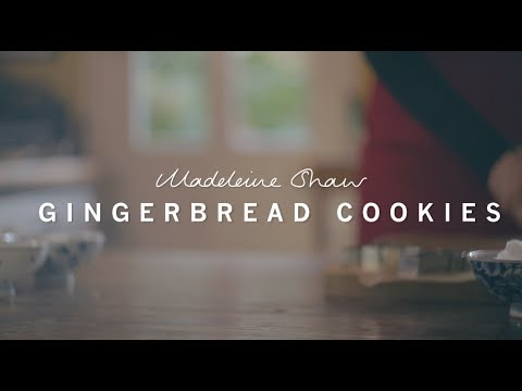Healthy Christmas Gingerbread Cookies and Dairy free Hot Chocolate | Madeleine Shaw