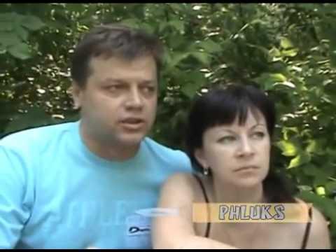 Герой России Олег Пешков исполняет песню Офицеры