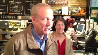 Bruce and Diana Rauner campaign at Lou Mitchell