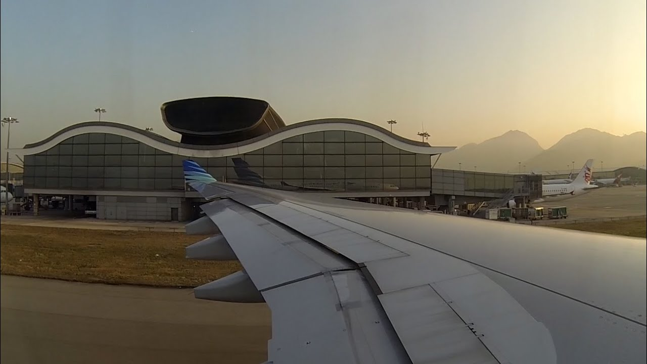 Garuda Indonesia Departure Form Hong Kong Airbus A330 With Atc Youtube Wing Pilot
