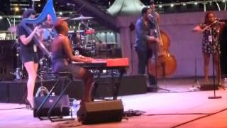 Laura Mvula, Let Me Fall, Live at F1Rocks Singapore 2013