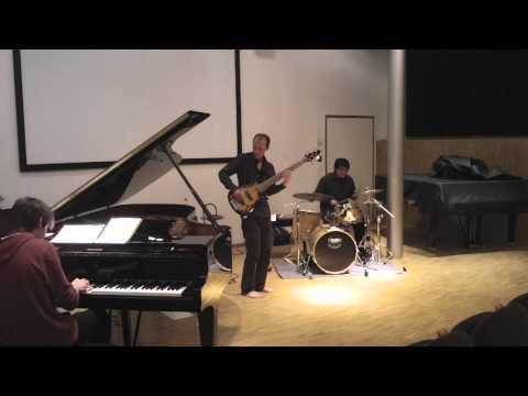 THE CHICKEN Triopat-Patrick Badoud-Alfred James Ellis-Jaco Pastorius