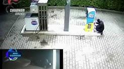 Acri, rapina al distributore Tamoil: arrestati due coriglianesi