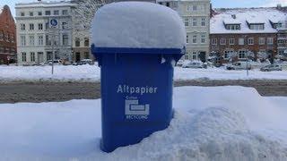 LÜBECK, eine Stadt im tiefen Schnee  ( fast 40 cm)    12 . März 2013