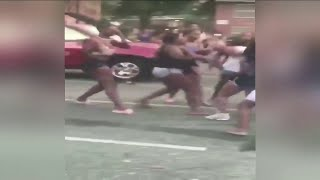 Violent fight breaks out in Washington Heights