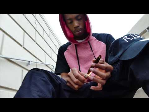 """Smoke Therapy"" (Intro) - R1A Royal 