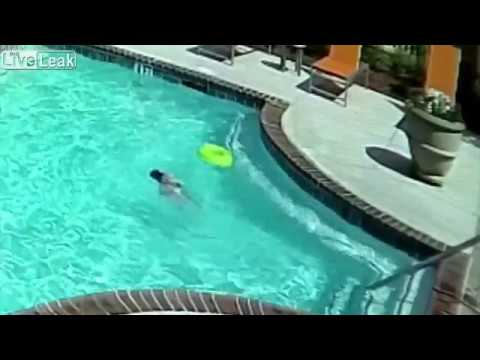 10 Year Old Girl Saves Her Sister From Drowning In Pool