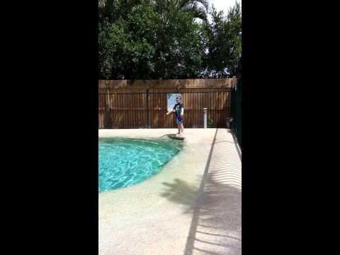 Dallas swimming 4yrs old