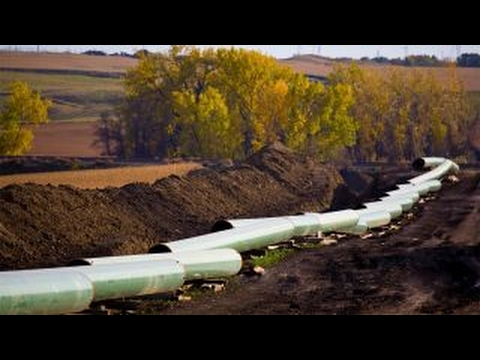 Push for U.S. steel in pipelines faces Washington battle