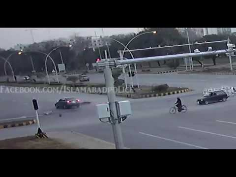 Islamabad Traffic Road Dangerous accidents by Safe City Cameras