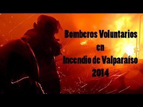 Bomberos de Valparaíso recuerdan el peor incendio en su historia: 15 muertes y 2200 casas destruídas
