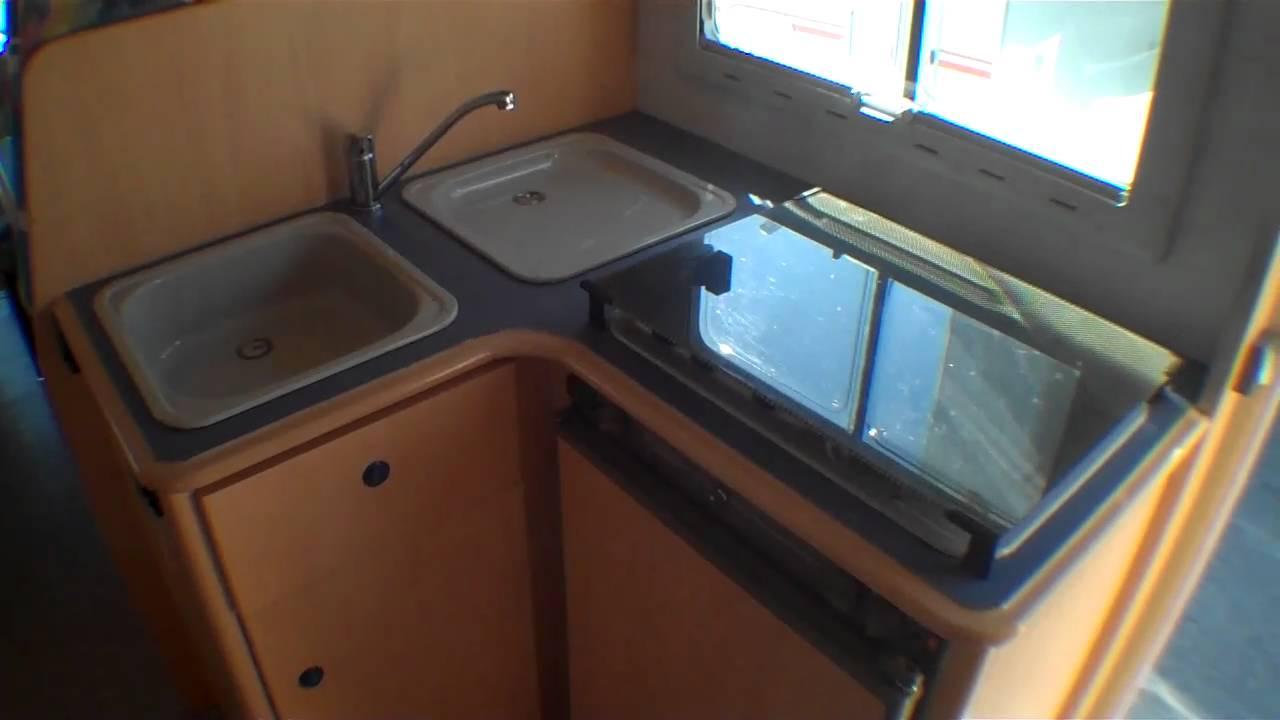 occasion pro camping car challenger 170 capucine 1999 lyon 69 rhone saint priest 69800. Black Bedroom Furniture Sets. Home Design Ideas