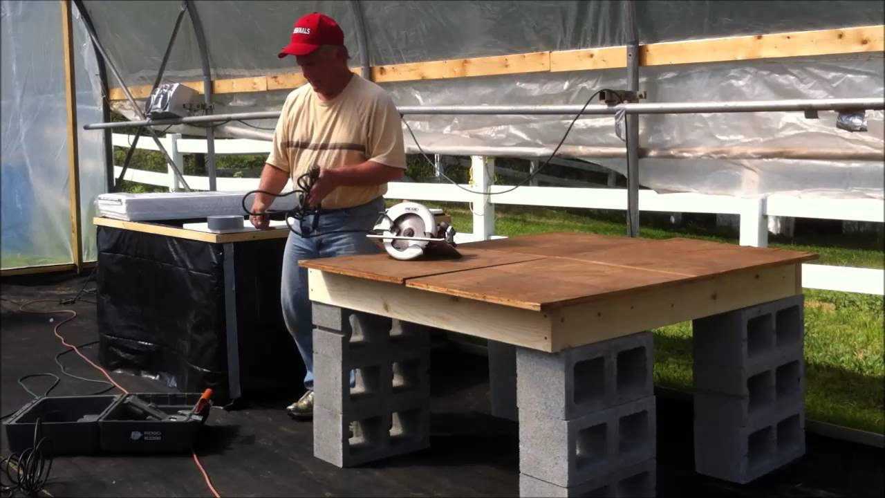 How to build a 4 39 x4 39 non circulating kratky hydroponic for Hydroponic grow bed