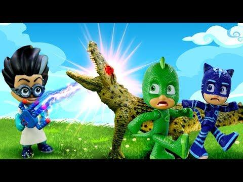 Видео про игрушки из мультика Герои в масках. Ромео заколдовал животных в зоопарке!
