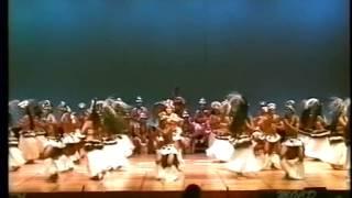 Rakahanga Drum dance 2004 Cook Islands Rarotonga