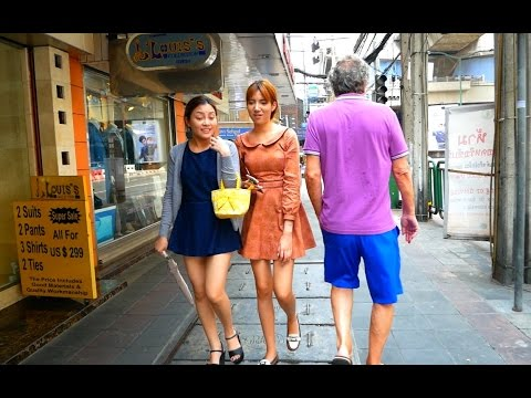 Sukhumvit Road Walk Around - Bangkok 2017 HD