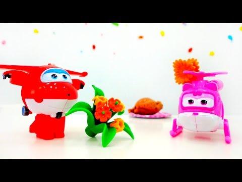 ✈️Super Wings Toys. Super Wings Dizzy & Super Wings Jett On A Date. St Valentine For Kids #PlayToyTV