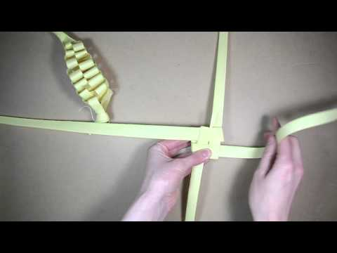 Palm folding: How to make a palm Beehive
