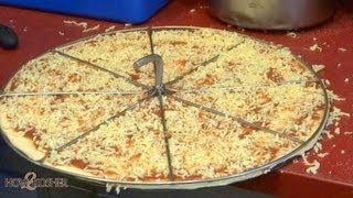 How J2 - Kosher Jerusalem Pizza Is Made | J Ii הכנת פיצה ירושלים
