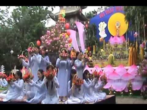 Dâng Hoa Mừng Phật Đản PL2553 - GĐPT Đức Chơn