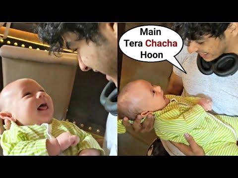 Ishaan Khattar Playing With Brother Shahid Kapoor Son Zain Kapoor