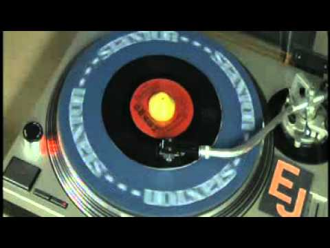 She Drives Me Out Of My Mind - The Swingin' Medallions - HQ