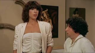 Nadia Cassini e Lino Banfi divertente scena