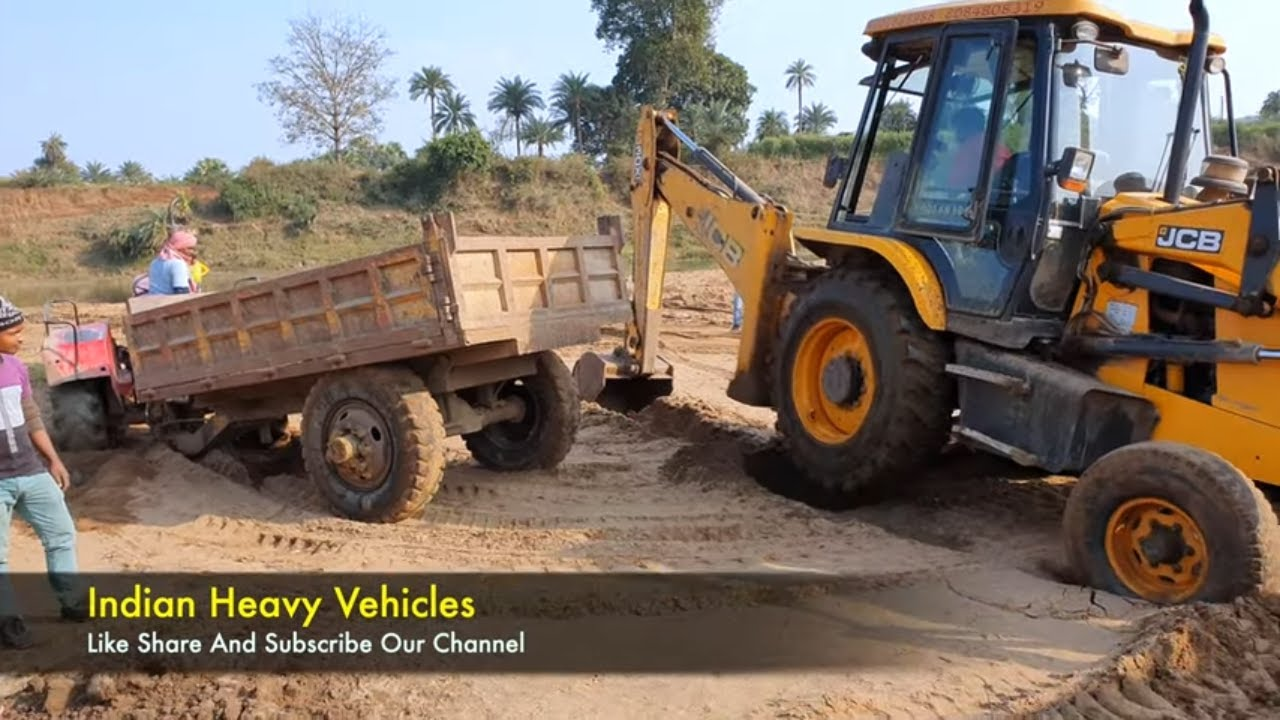 JCB Tractor Machine Are On Sandy Place | Tractors Are Stuck In Sand Rescued By Jcb Backhoe Machine.