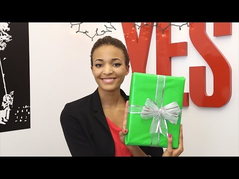 DIY: How to Make a Holiday Gift Look Like It Was Professionally Wrapped