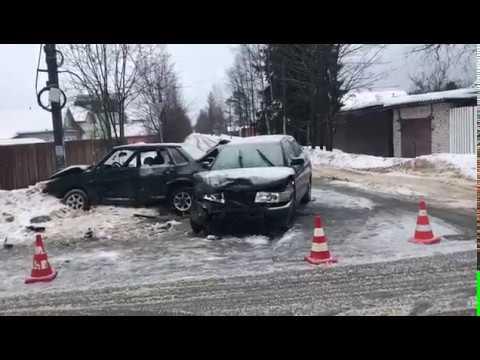 ДТП с пострадавшими в Кировском районе Ленобласти