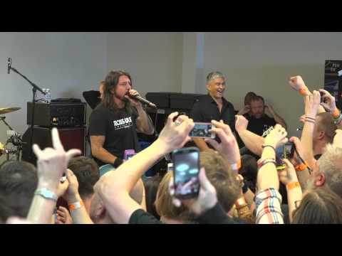 Foo Fighters: Record Store Day 2015 - Niles, OH Thumbnail image