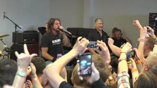 Foo Fighters: Record Store Day 2015 - Niles, OH