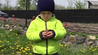Рома на природе- игры с детьми- в песочнице- видео для детей(, 2016-04-25T19:55:55.000Z)