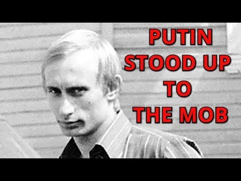How The Young Kgb Lieutenant Colonel Putin Saved Kgb Offices In Dresden From East German Protestors Youtube