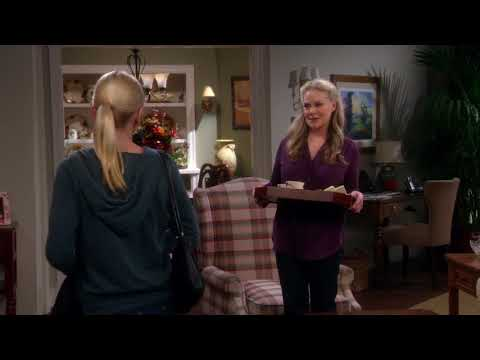MOM  GUEST STARS  BEVERLY D'ANGELO  S02E12