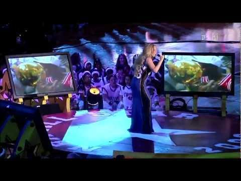 (HD) Mariah Carey - Hero - Michael Jordan Tribute (Live at NBA All Star Game 2003)