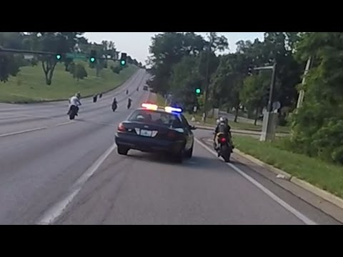 Motorcycle VS Cops Chasing Bikers Swerves At Stunt Bikes Police Chase Street Bike Runs From Cop 2016