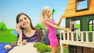 Барби выбирает новый дом. Видео для девочек.