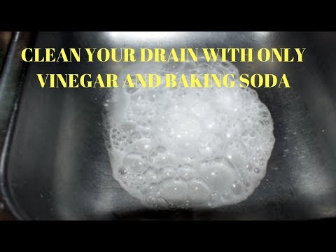 How to clean kitchen sink drain with baking soda and vinegar