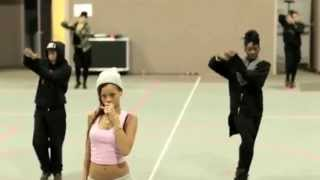 Repeat youtube video Rihanna - pour it up dance
