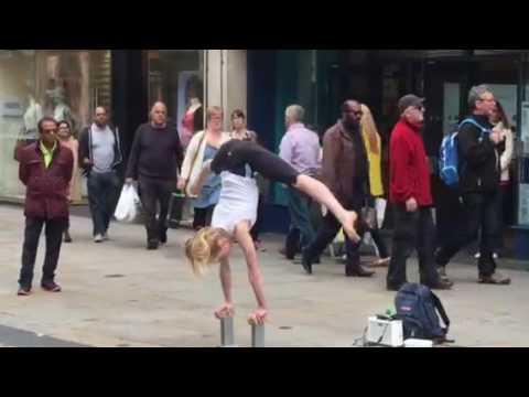 Street Oxford Gymnast