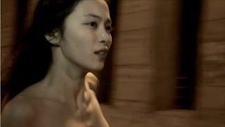 女優の岩佐真悠子が5日、都内で行われた映画『受難』公開記念イベントに...