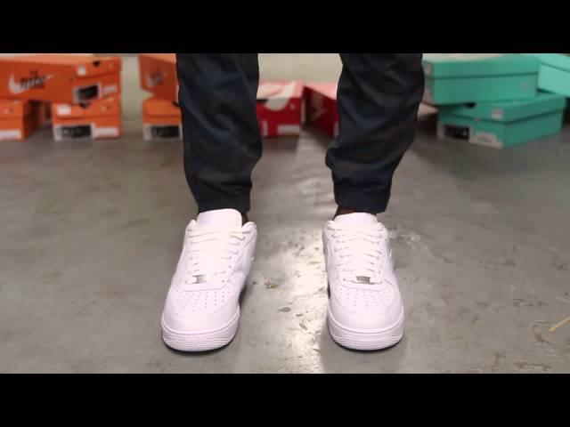 Nike Air Force 1 '07 \